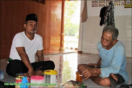 Berbincang dengan pengurus Masjid Alam Blacan