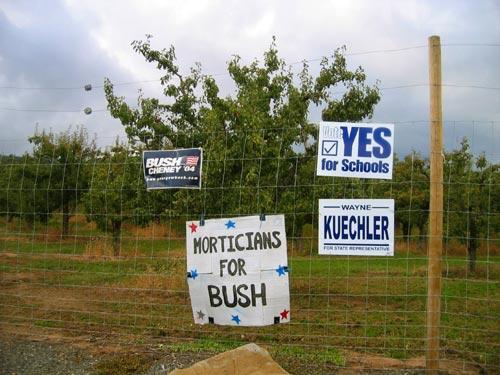 Morticians for Bush: signs near Hood River, Oregon