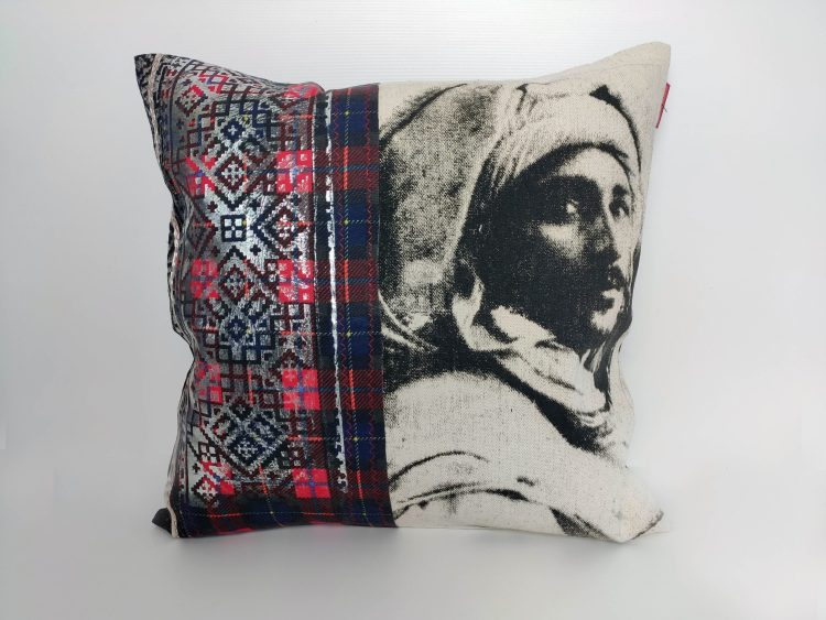 Coussin visage Homme - collection berbère - sissimorocco