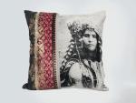 coussin carre deco maison originale berbere rose femme