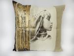 housse-de-coussin-femme-algerienne-portrait-or-piece-unique
