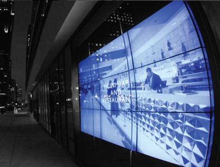 Video Wall y digital signage para publicidad y cartelería de contenido realizada por SistemasAudiovisuales - VisualPlanet