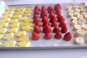 how to freeze fruit for smoothies