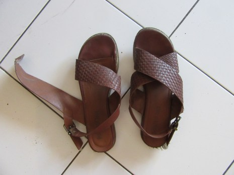 my favourite sandal broke and I had to walk home with one bare foot!!