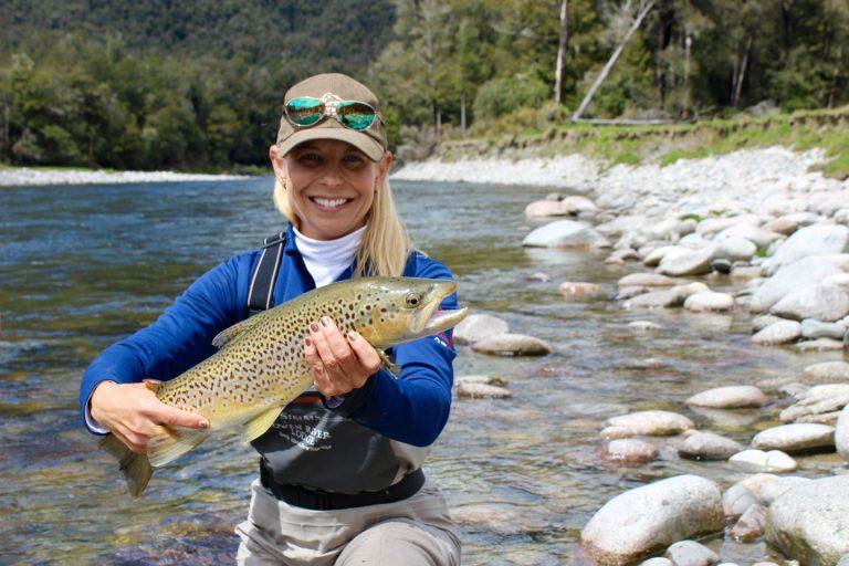 CAPTAIN'S CORNER     STORIES Celebrating Female Anglers
