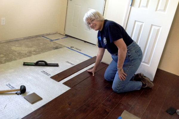 Sister Pat Wittberg, SC Cincinnati at Nuns Build 2016