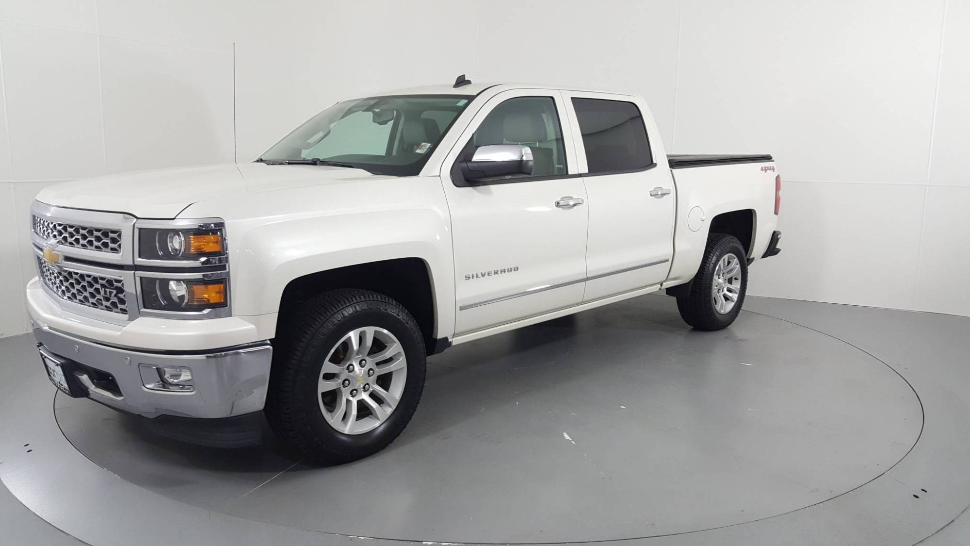 hight resolution of  pre owned 2014 chevrolet silverado 1500 ltz