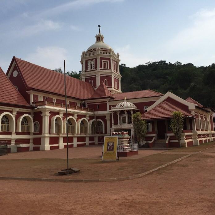 The temple of Santa Durga at Kavlem