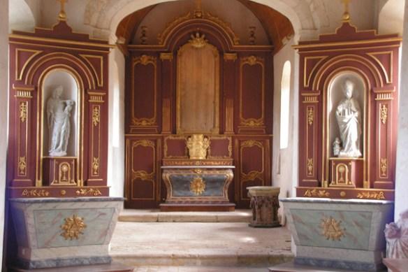 Retables 18 ème, Bois doré et monochome, autels dorés et polychromés