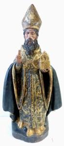 Statuette de Saint Evêque, bois doré, vernis colorés