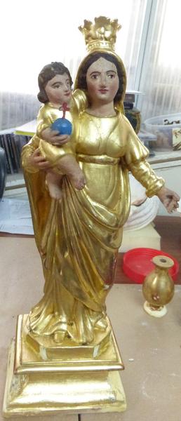 Statuette de vierge à l'enfant, Chapelle de dévotion après restauration