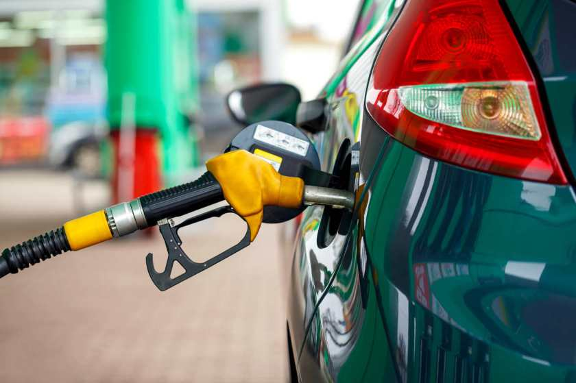 mangueira de combustivel no carro