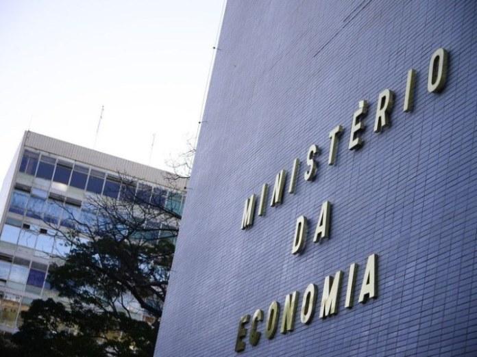 Estados e municípios recebem auxílio de R$ 15,038 bilhões