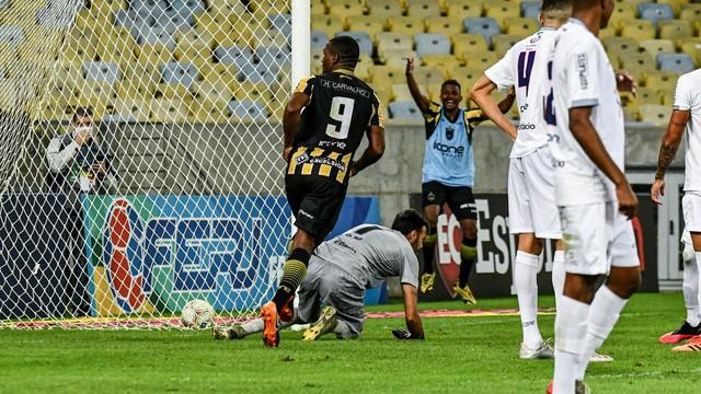 Volta Redonda vence Resende e fica com a quarta na semifinal da Taça Rio