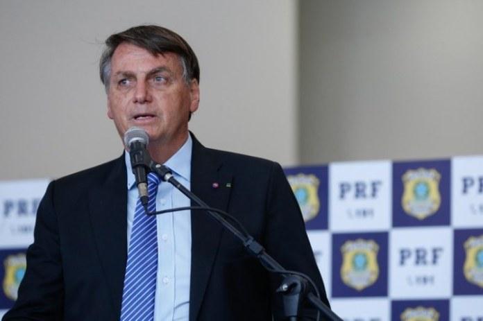 Polícia Rodoviária Federal recebe novas viaturas e armamentos