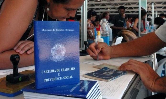 Caged confirma retomada da economia brasileira