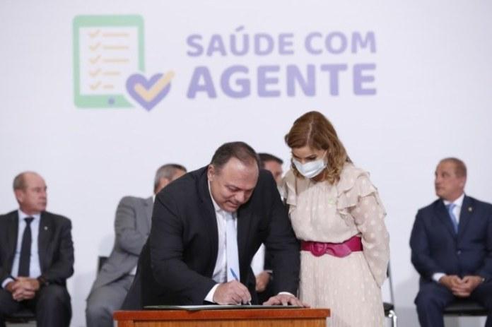 Programa capacitará mais de 380 mil agentes comunitários