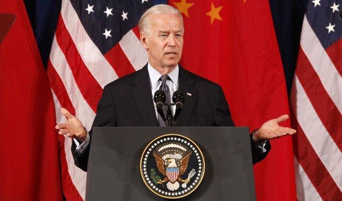 O vice-presidente dos Estados Unidos, Joe Biden, disse nesta quarta-feira que os Estados Unidos e a China devem ampliar a cooperação prática e entregar resultados, acrescentando que está impressionado com a atitude do presidente chinês, Xi Jinping, de discutir as diferenças de forma franca