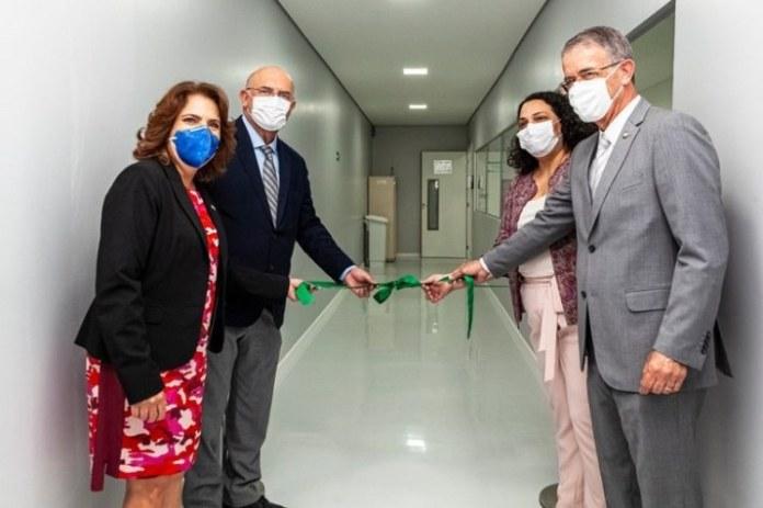Inaugurado laboratório de diagnóstico para a Covid-19 em Brasília (DF)