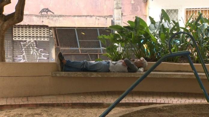 Elias Belmiro foi morar nas ruas por causa do vício em álcool — Foto: Carlos Palito/TV Gazeta