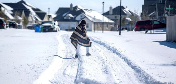 Onda de frio deixa milhares sem energia nos EUA