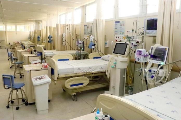 ES abriu 15 leitos de UTI no Hospital Jayme Santos Neves — Foto: Hélio Filho/Governo do ES