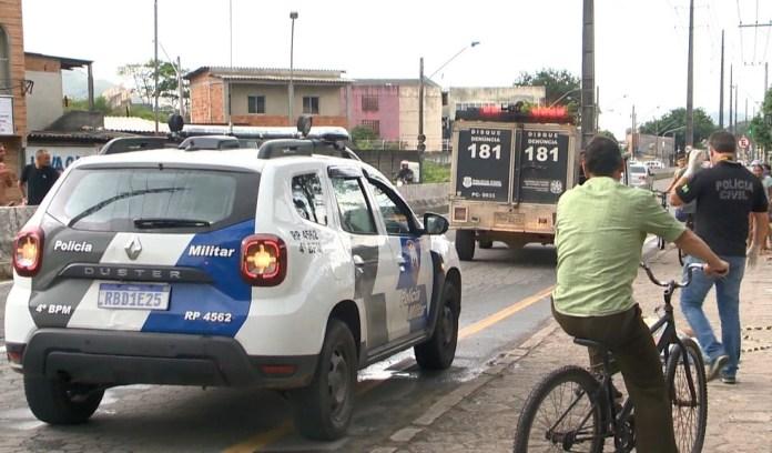 Homem foi morto a tiros em Vila Velha em 25 de fevereiro de 2021 — Foto: Reprodução/ TV Gazeta