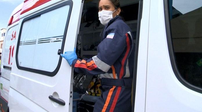 Samu tem autorização para atender pacientes mesmo se hospitais estiverem sem vagas — Foto: Paulo Cordeiro/ TV Gazeta