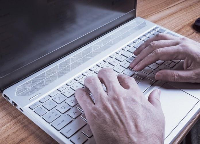 Sistema e-consular permite agendamento de serviços no exterior pela internet