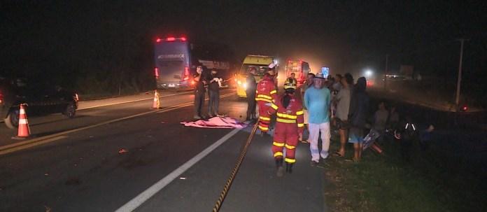Morte ciclista na BR-101, Linhares ES — Foto: TV Gazeta