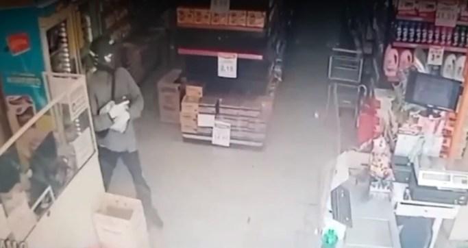 Bandidos roubam supermercado e levam malote de dinheiro em Pinheiros