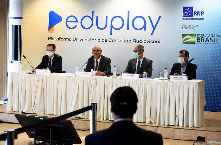 MEC lança plataforma para auxiliar educação e pesquisa no Brasil