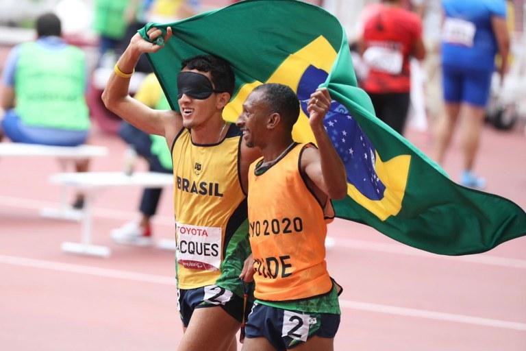 Brasil conquista 100 medalhas de ouro em Jogos Paralímpicos