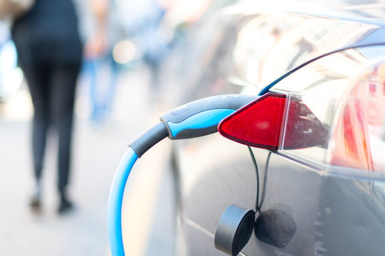 Brasil vai contar com laboratório para testes de baterias de carros elétricos