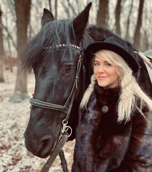 Julia rencontre russe rouen