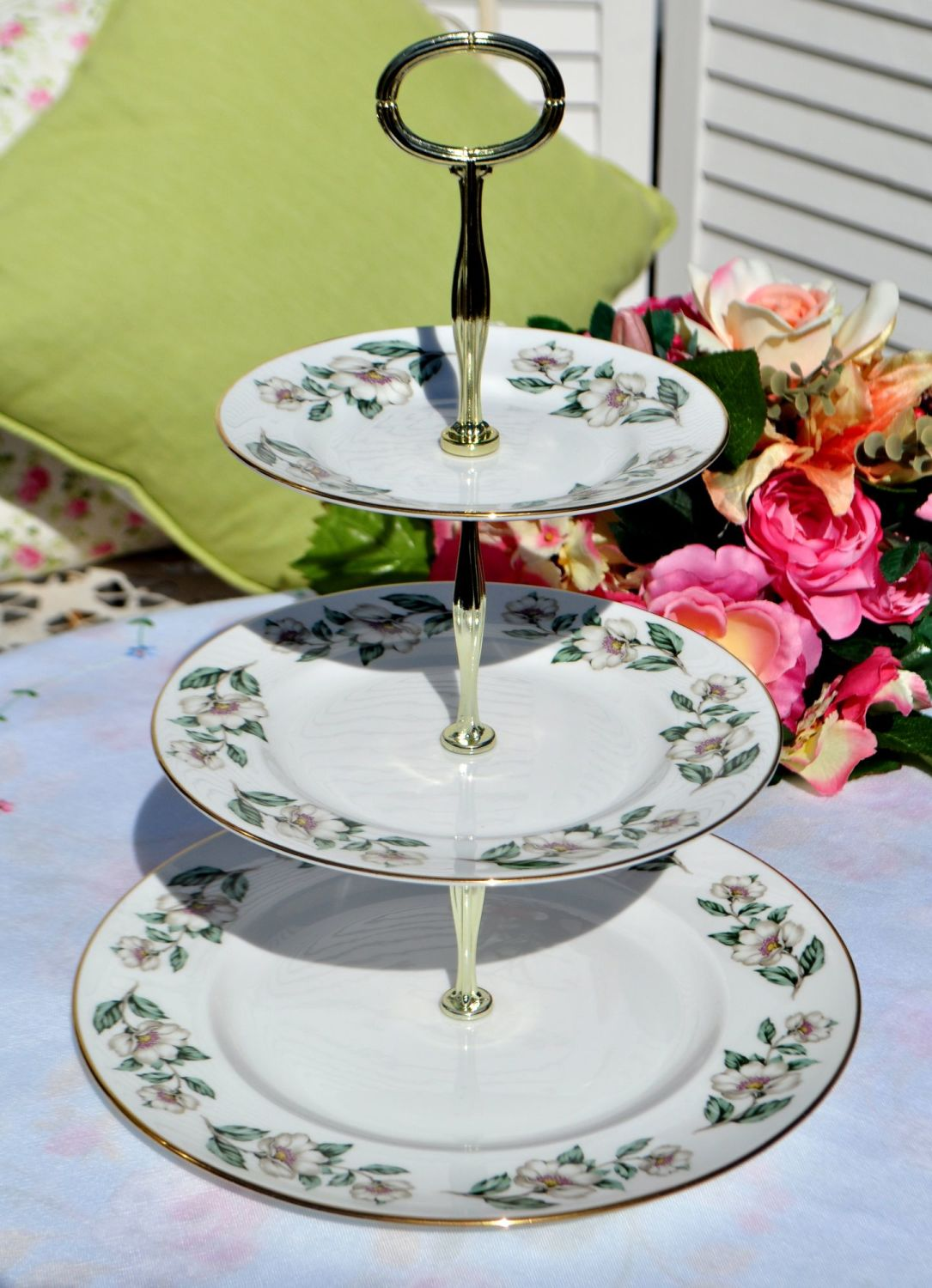 Crown Staffordshire White Rose 3 Tier Cake Stand