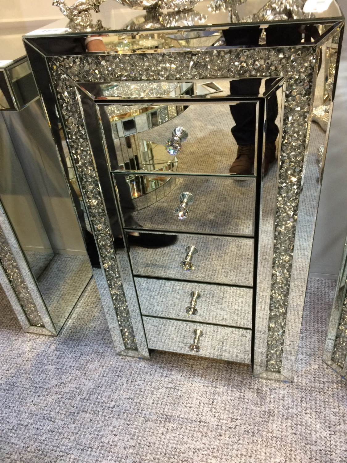 New Diamond Crush Sparkle Crystal Mirrored 5 draw Chest in stock