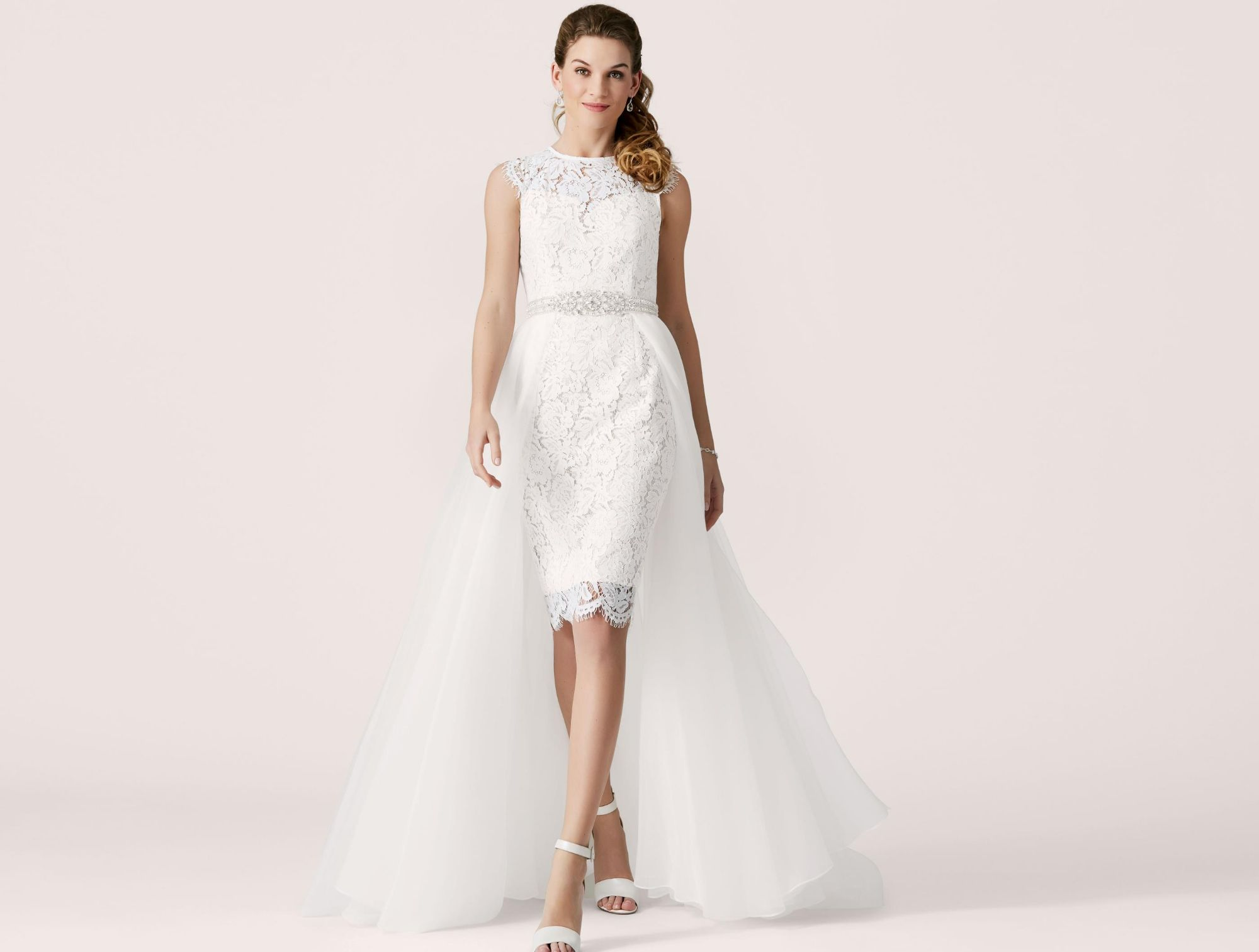 Alternative Bridal Ideas With Modern Accessories