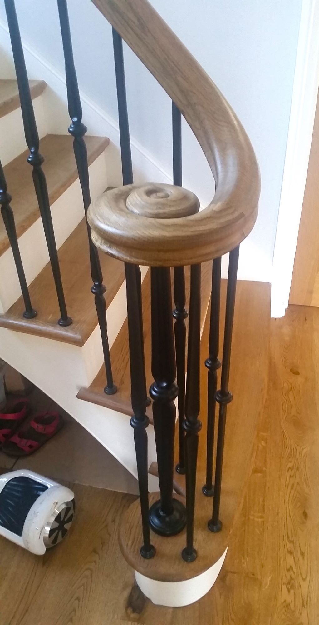 Bespoke Timber Handrails And Staircases