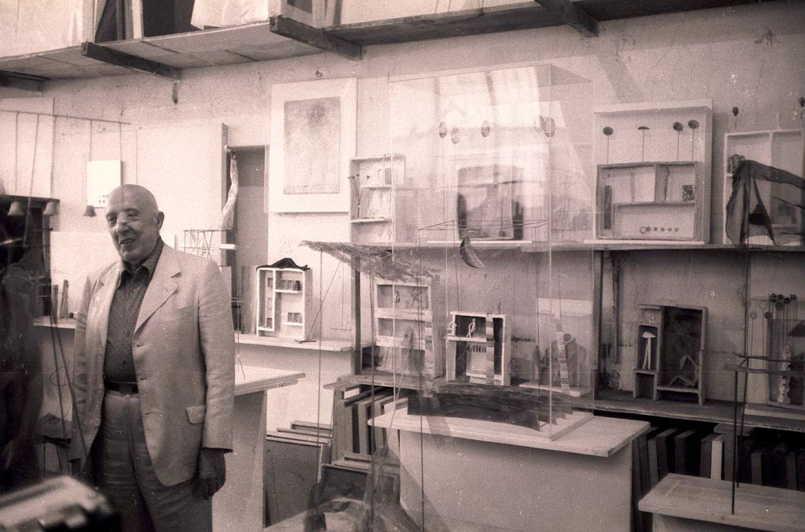 13 July 1979. Italian sculptor Fausto Melotti in his studio in Milan, Italy. Edinburgh Arts 1979.