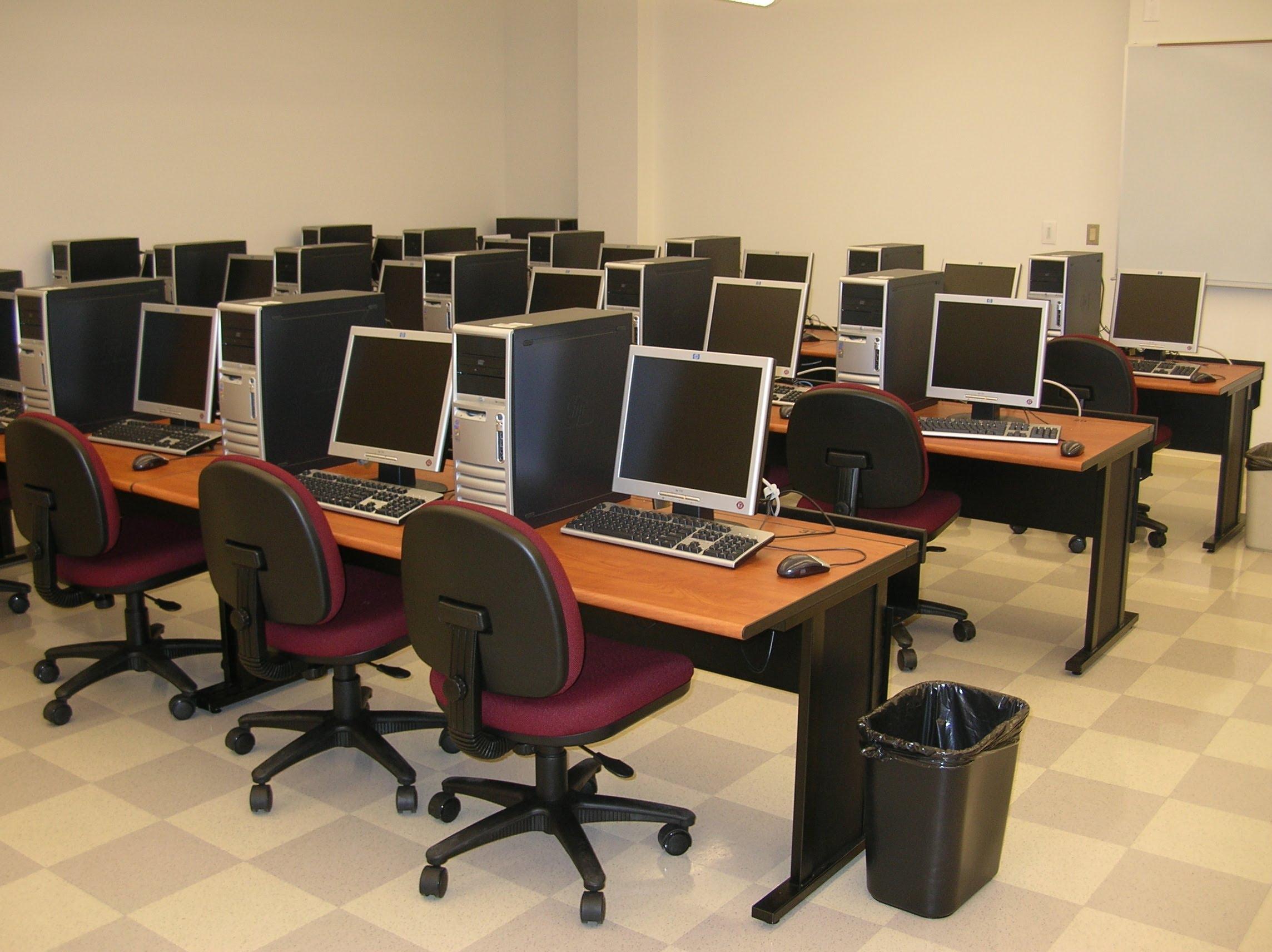 College Computer Lab Furniture