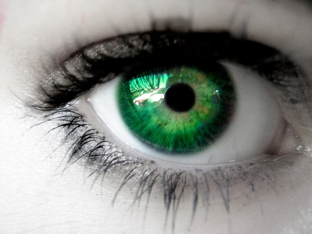 Are Green Eyes Really An Attractive Trait