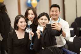 Four guests from the ELI 40 alumni event in Seoul took some time for a selfie.