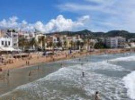 Cinco playas de Sitges bandera azul