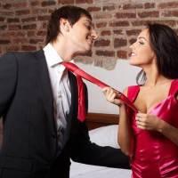 Piacere a una donna: come capire se lei ha un debole per te
