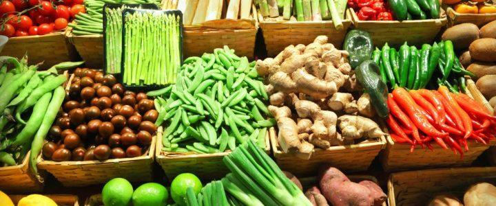 """Alimentos e produtos """"in natura""""."""