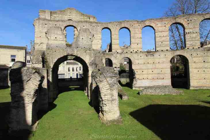 Qué ver en Burdeos. El palacio Gallien, reliquia de la antigua ...