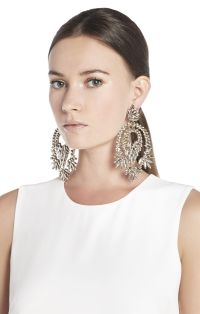 BCBGMAXAZRIA Metallic Stone Statement Earrings | BCBG.com