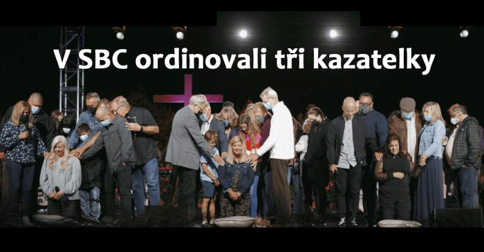 Ženy ve službě: 8. Největší sbor v SBC ordinoval tři kazatelky