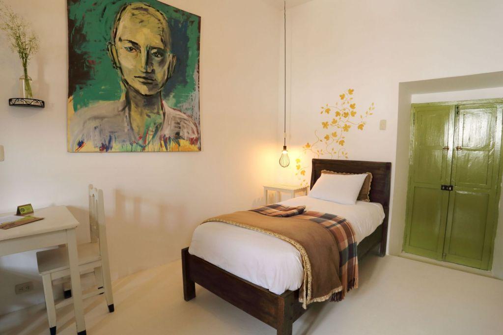 habitacion simple hotel niños meloc cusco